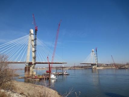 http://shoulpix.wordpress.com/2013/01/23/the-new-bridge/